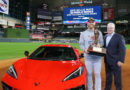 Chevrolet entrega un Corvette 2020 al MVP de la Serie Mundial de Beisbol 2019